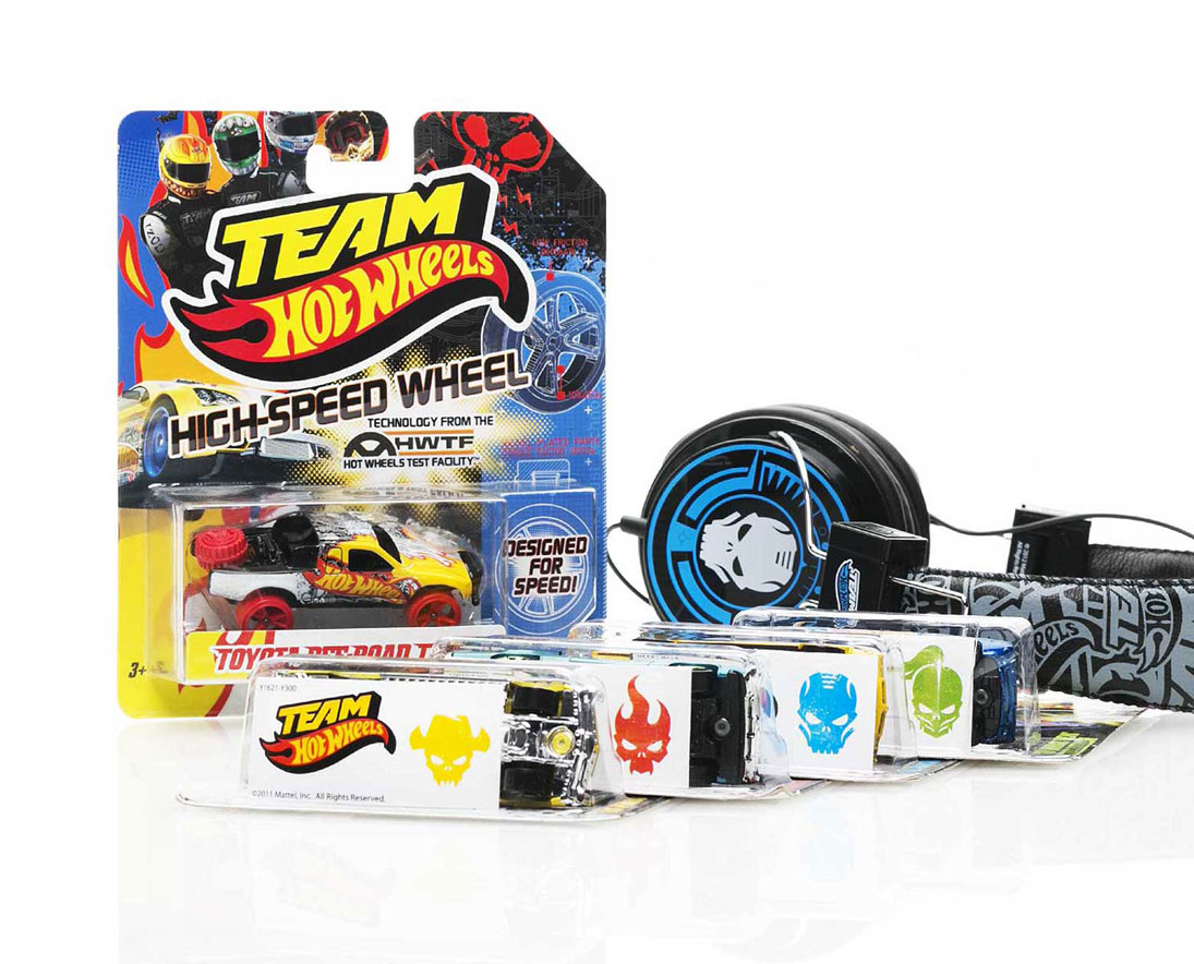 hot-wheels-for-real-team-product-graphics